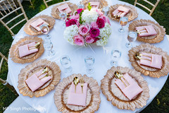 See this beautiful reception table setup