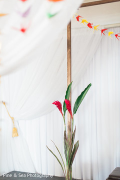 Lovely and simple indian wedding floral decor