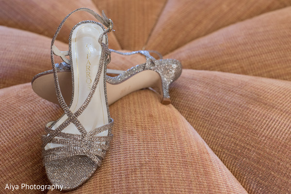 Glimmer Indian bridal's ceremony shoes.