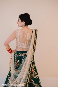 Incredible Indian bridal ceremony look.