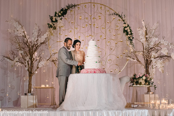 indian bride,indian groom,indian wedding reception,cake
