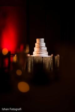 Elegant Indian wedding reception cake.