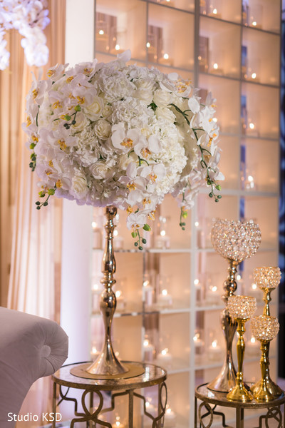 Dazzling decoration at the reception venue