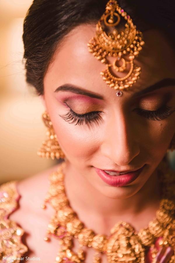 Stunning Maharani's ceremony tikka.