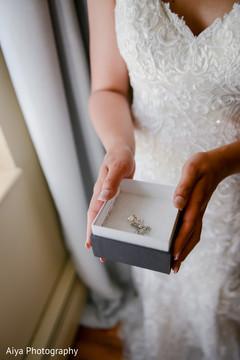 Elegant Indian bridal wedding earrings.