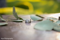 See this beautiful Indian wedding rings
