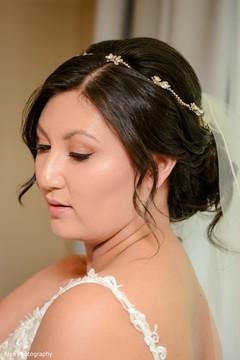 Dazzling portrait of Indian bride