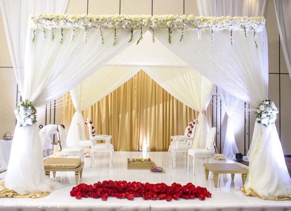 Marvelous Indian wedding mandap decoration.