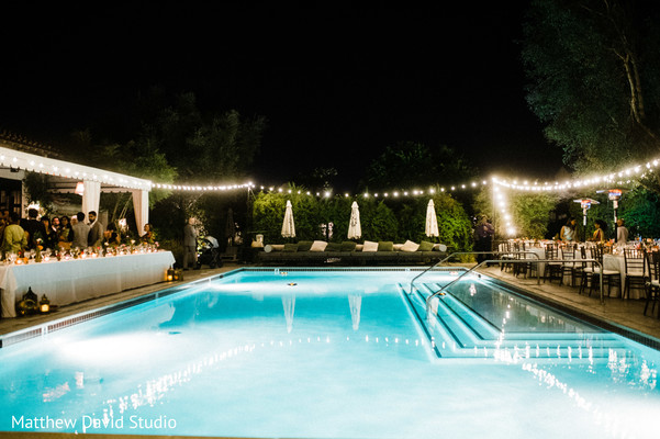 Pool and lightning decor for the ceremony
