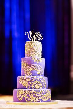 Marvelous Indian wedding cake decor.