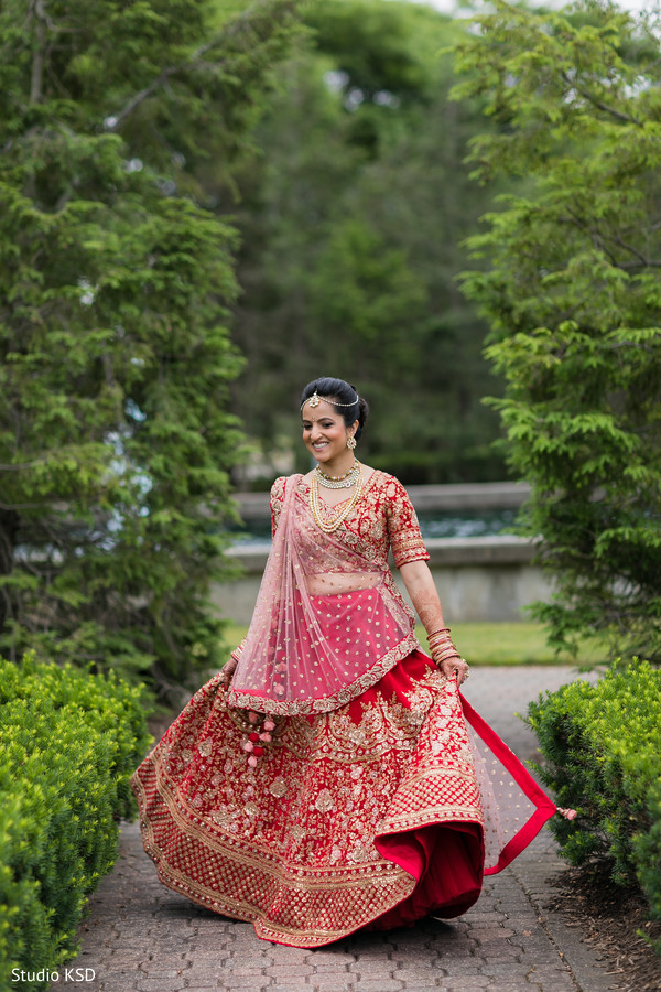 Stunning bride rocking the lengha