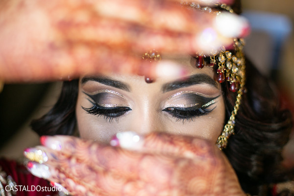 See this incredible maharani's ceremony makeup.