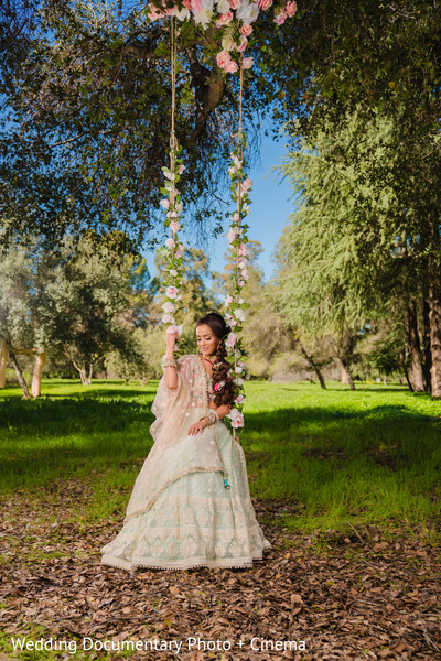Lovely indian bride's photo session