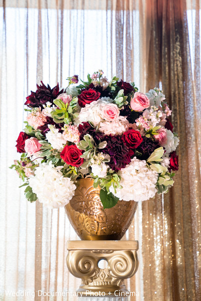 See this amazing floral arrangement design