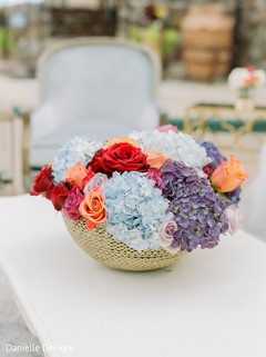 Marvelous Indian wedding flowers table decoration.