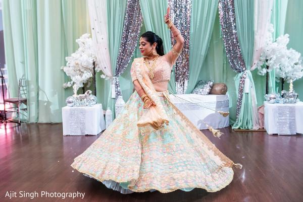 Incredible Indian bridal sangeet dance capture.