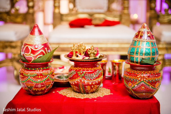 Decor objects of the Indian wedding