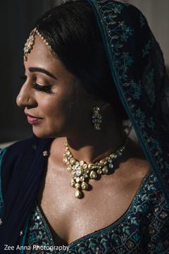 Stunning maharani's kundan choker set.