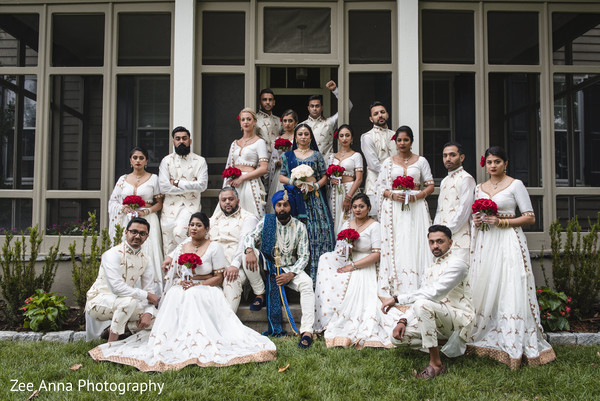indian groomsmen and bridesmaids,indian bride and groom,indian wedding ceremony fashion