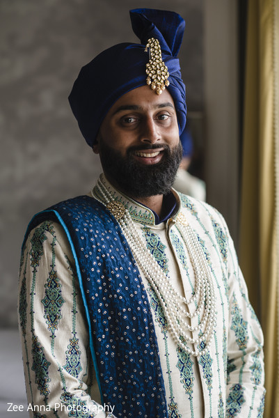 Elegant indian groom portrait.