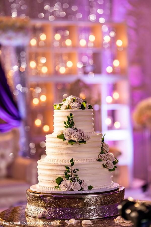 See this incredible wedding cake