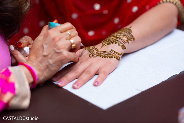Indian pre-wedding mehndi art.