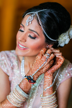 Incredible Indian bridal ceremony jewelry.