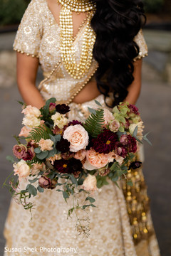 Marvelous Indian bridal wedding bouquet.