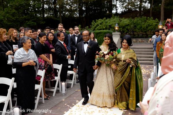 Magnificent Indian bride's entrance.