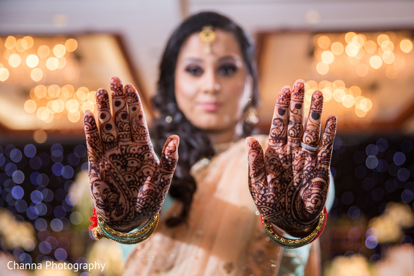 indian wedding reception,reception party,bridal lengha
