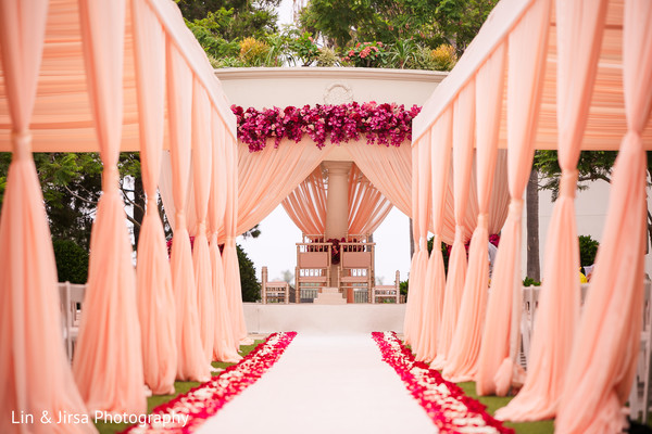 wedding,venue,details,decor