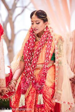Indian bride looking enchanting