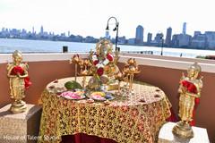 Marvelous Indian wedding gods decor.