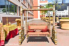 Marvelous Indian wedding swing seat decor.