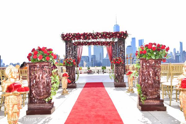 Incredible Indian wedding aisle decoration.