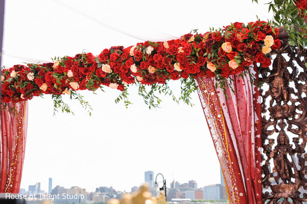 Incredible Indian mandap roses decoration.
