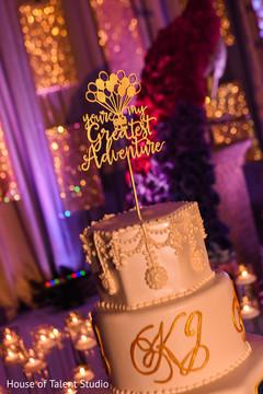 Marvelous Indian wedding reception cake.