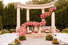 Incredible Indian wedding ceremony flowers decor.