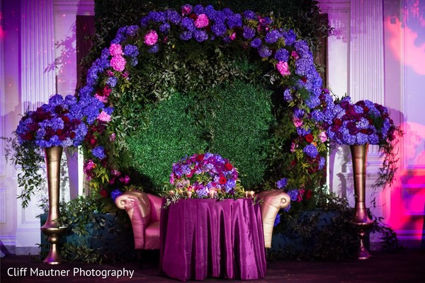 Marvelous Indian wedding flowers stage decor.