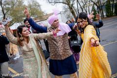 Ravishing guests dancing