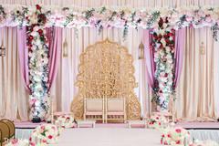 See this dazzling mandap decor
