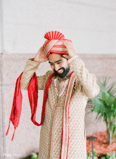 Raja putting the pagri before the ceremony