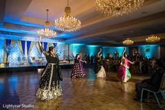 Indian Maharanis performing a choreographies
