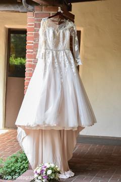 Incredible Indian bridal white dress capture.