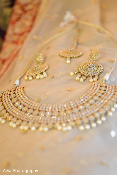 Magnificent Indian bridal ceremony jewelry.
