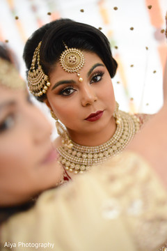 Flawless Indian bridal ceremony makeup.