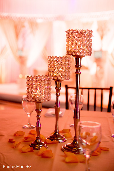 Details of the ornaments on the tables