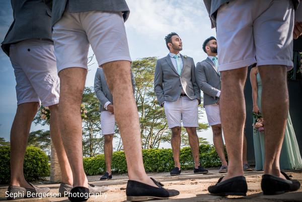 See this enchanting Indian groomsmen photo.