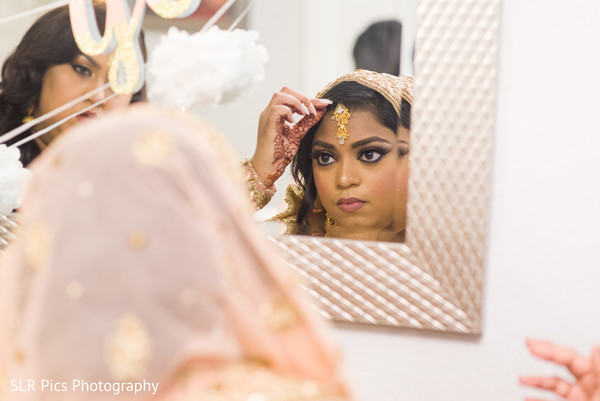 bride,getting ready,muslim,venue