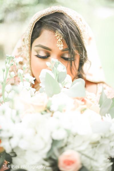 Muslim bride looking gorgeous